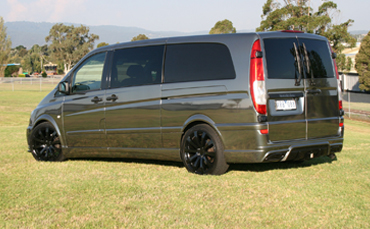 Mecedes Benz Vito van wrapped in Avery black chrome