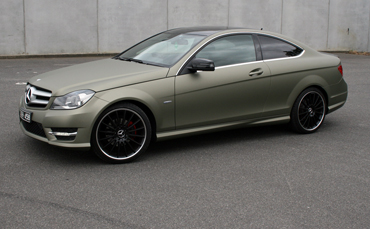 Mercedes Benz vinyl wrap in Avery Dennison Matte Metallic Midnight Sand