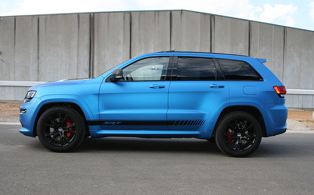 Jeep Grand Cherokee Wrapped In 3m Matte Metallic Blue