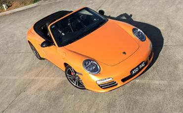 Porsche 911 Carrerra 4S car wrap