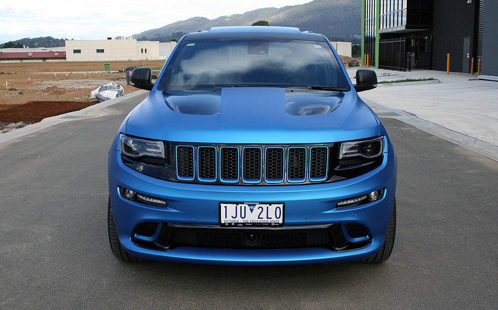 Custom Jeep Grand Cherokee >> Jeep Grand Cherokee wrapped in 3M Matte Metallic Blue ...